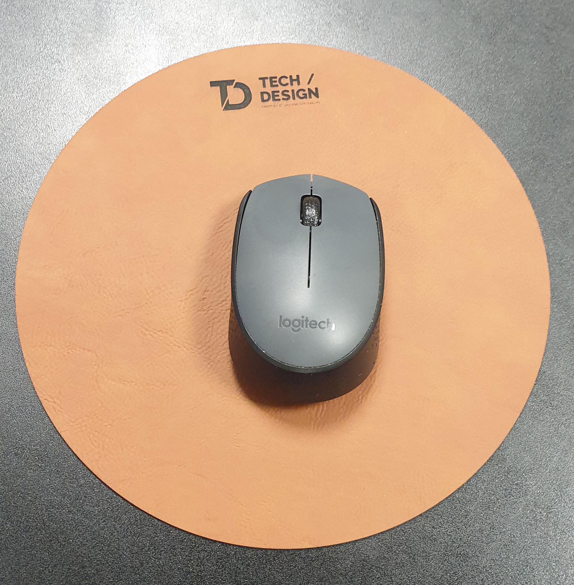 gravure découpe laser cuir personnalisé - tapis de souris
